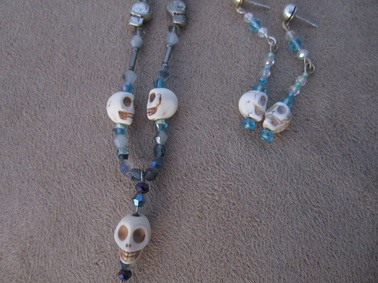 skull necklace and earrings white howlite skull necklace and earring gift set